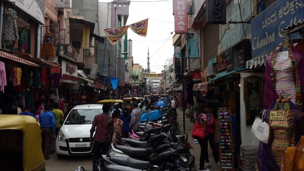 CommercialStreetShoppingBangalore1