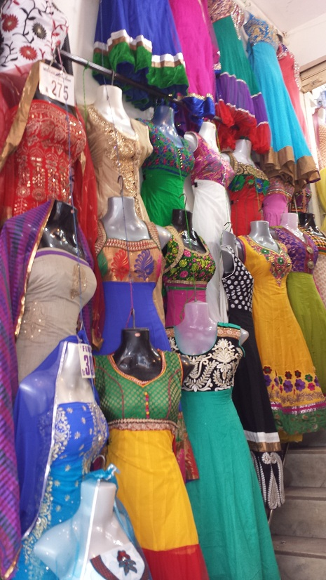 Shopping in Commercial Street District in Bangalore Row